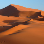 bigstock-Sand-dunes-of-Erg-Chebbi-in-th-25932488